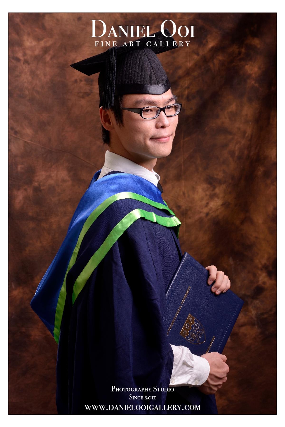 Shao Loong Graduation Portrait